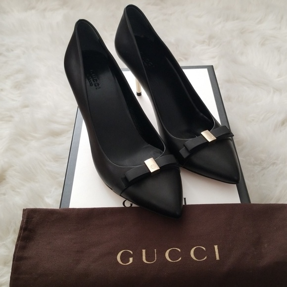 33d36337389 Gucci Shoes - 🎀BN Gucci Lifford Nero Pumps Sz 38🎀